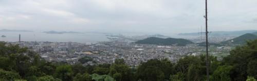 青の山からの景色