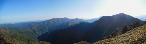 西黒森パノラマ(瓶ヶ森から手箱山)