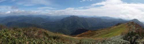 越後駒ケ岳から尾瀬方面の景色