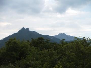 烏ヶ山と大山