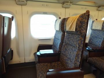 つばめの座席
