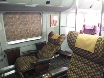 DXグリーンの座席