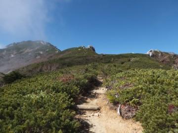 空木岳山頂と駒石