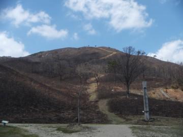 南登山口と深入山