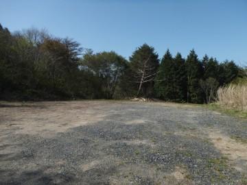 富栄山登山口の駐車場
