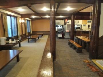 和田小屋の1階