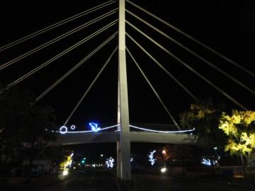 白鳥橋のライトアップとイルミネーション