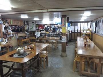1階の食堂