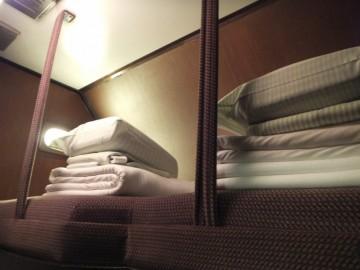 シングルツインの補助ベッド