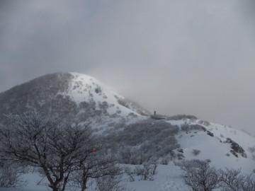 那岐山山頂を望む