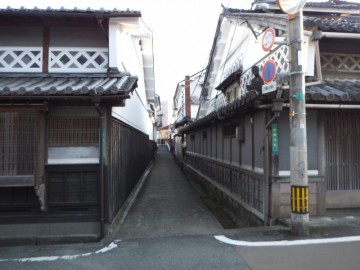 城東街並保存地区の小路