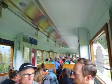 登山列車の中