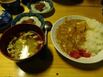 夕食のカレーライス