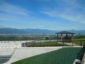 花鳥山展望台から北の金峰山方面を望む