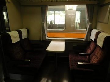 指定席部分のボックスシート