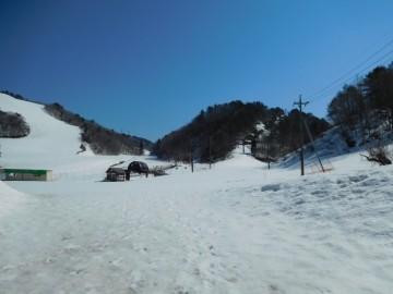 登山口の恩原高原スキー場