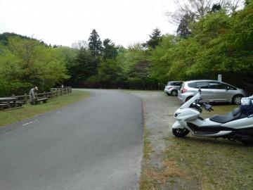 黒尊林道と登山口の駐車場