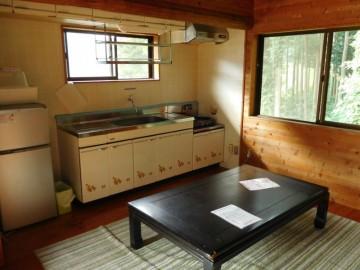台所部分と談話室