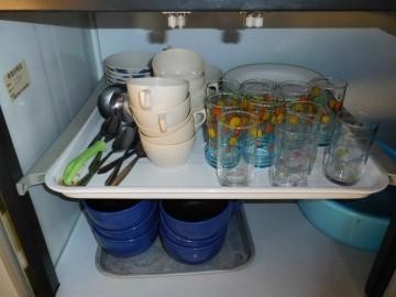 備え付けの食器類