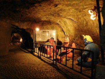 鬼ヶ島大洞窟の中