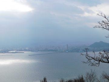 タカト山山頂から高松市街を望む