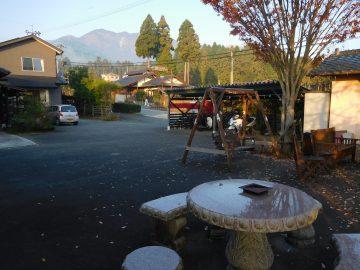 屋根付きの車庫