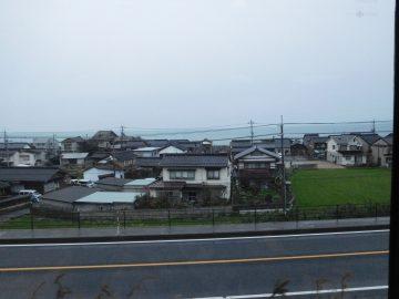 日本海も随所で臨むことができます