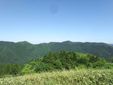 森林公園方面の山々