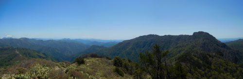 岩黒山から西と南方面のパノラマ