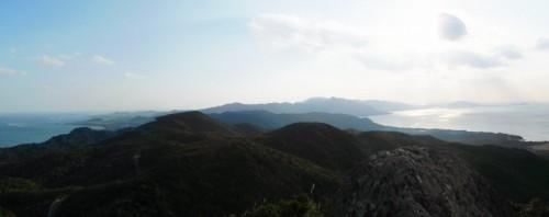 川平湾から於茂登岳、南側方面のパノラマ