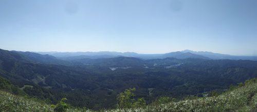 蒜山や大山がよく見えます。
