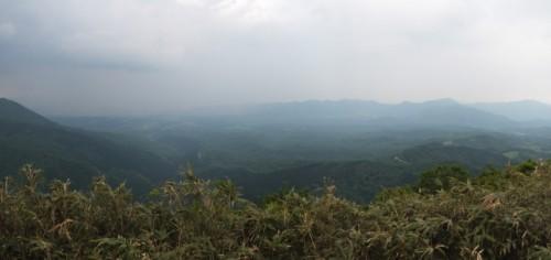 擬宝珠山から南半分のパノラマ