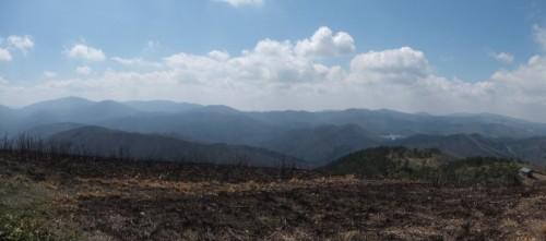 西方面のパノラマ。恐羅漢山や聖湖の眺めがいい!